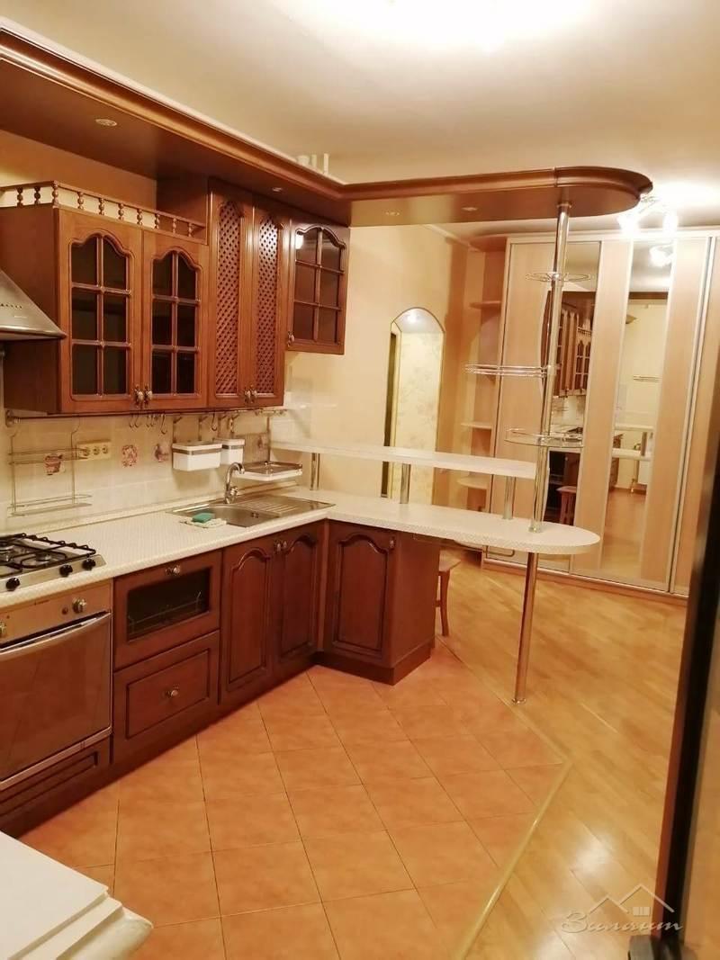 Продажа 2-к квартиры Космонавтов, 41